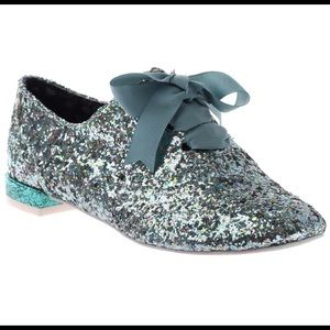 So Sparkly! Green Glitter Wing Tip Shoes!